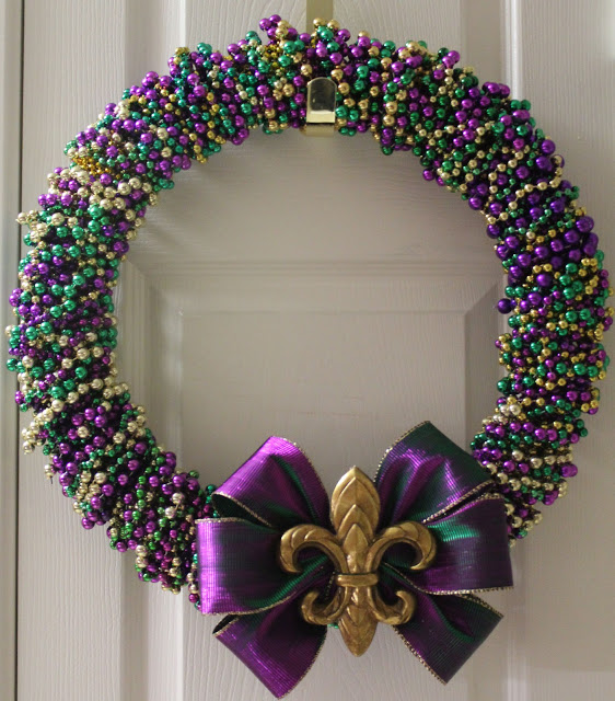The feeling of Mardi Gras in a wreath!